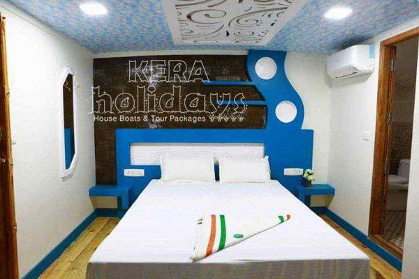 8-bedroom-houseboat-kera-7